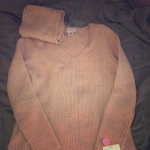 Liz Claiborne sweater w/ matching infinity scarf